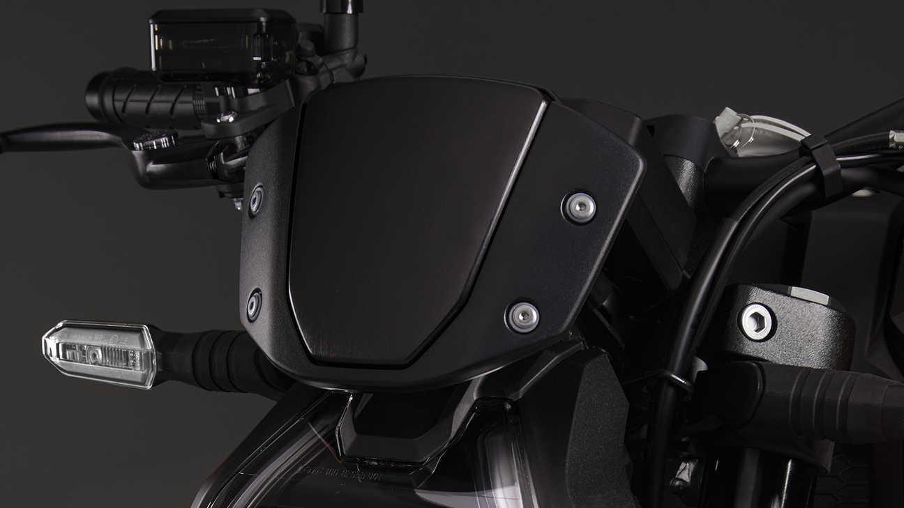CB1000R Black Edition, ochranný štít