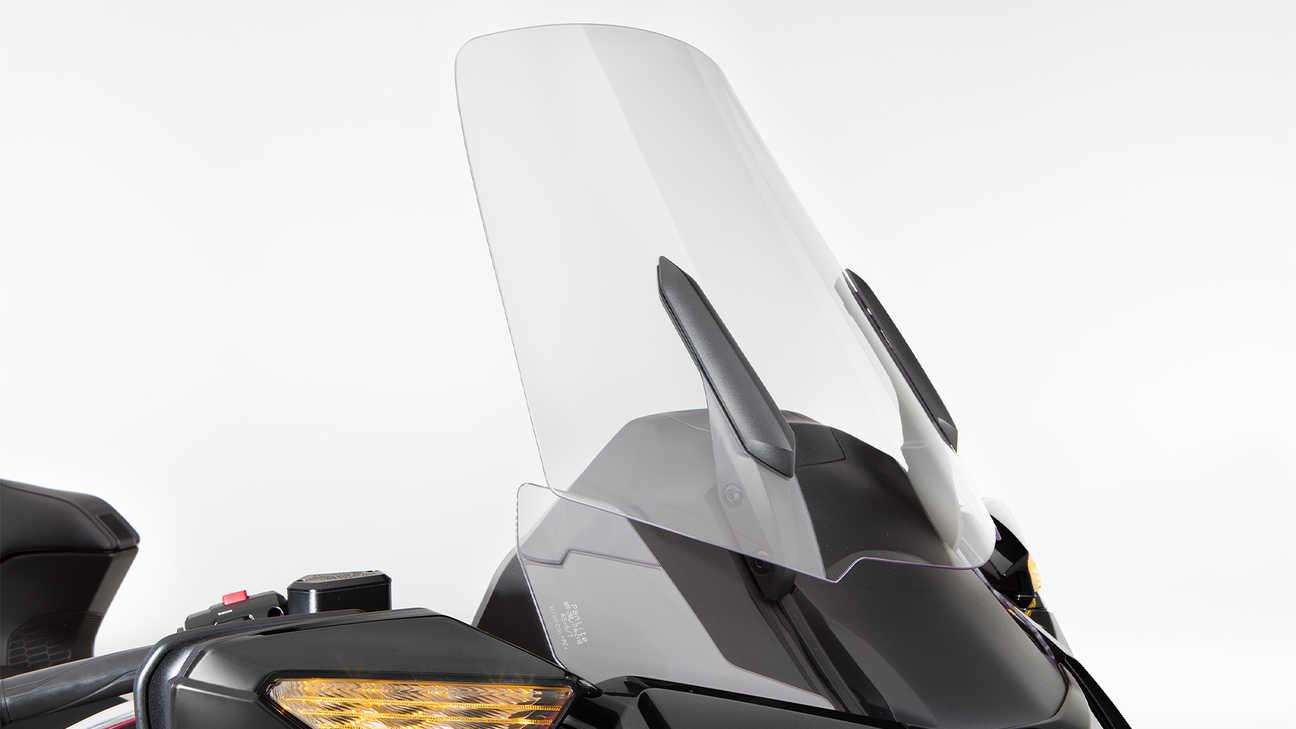 Honda Gold Wing Tour, zvětšený elektricky ovládaný čelní štít